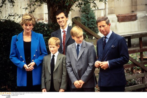 Prince Charles, Princess Diana with their children William and Harry,Image: 346246051, License: Rights-managed, Restrictions: WORLD RIGHTS - Fee Payable Upon Reproduction - For queries contact Photoshot - sales@photoshot.com  London: +44 (0) 20 7421 6000  Florida: +1 239 689 1883  Berlin: +49 (0) 30 76 212 251, Model Release: no