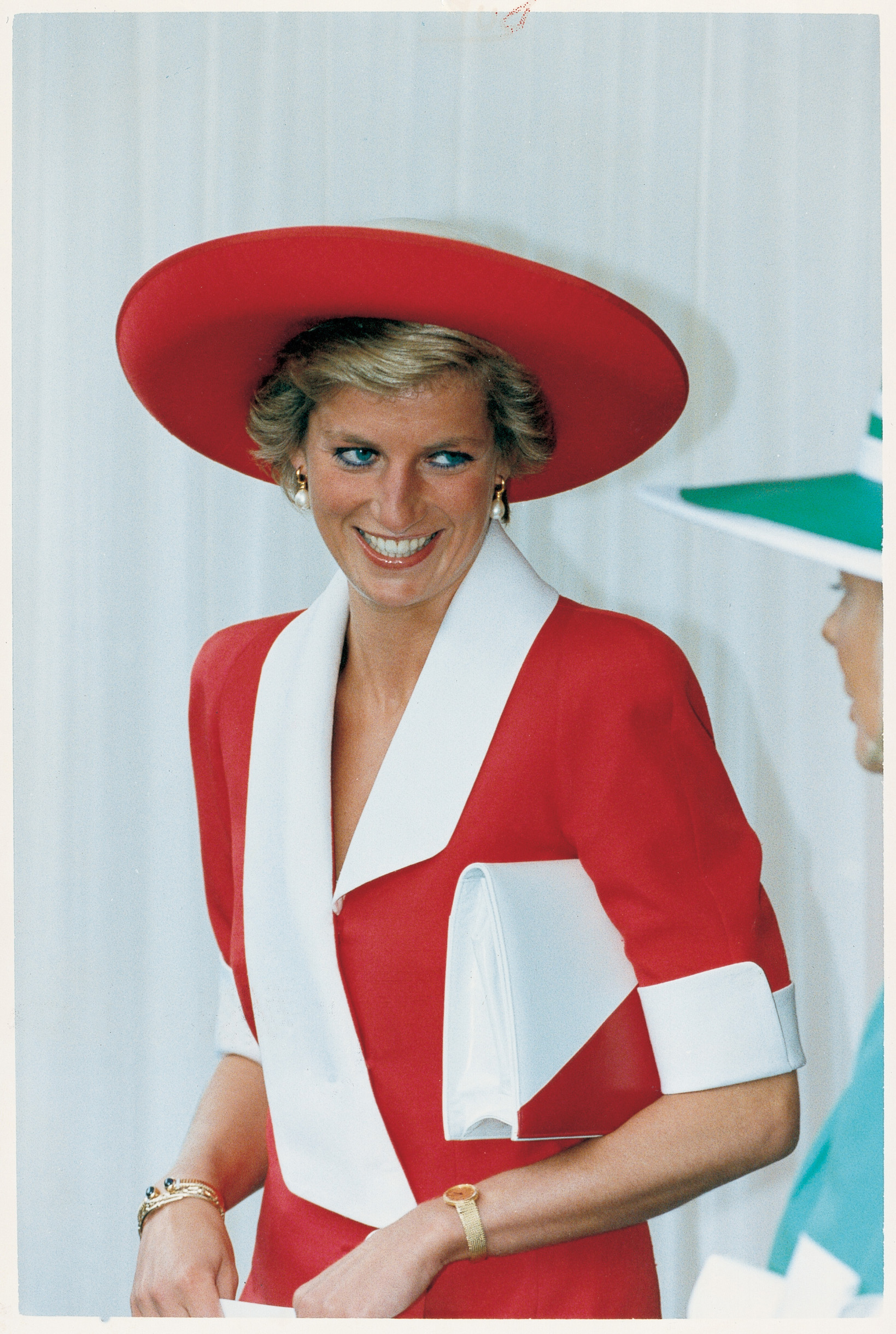 Princess Diana - Unseen Archives by          Charles breaks an arm. Resplendent in red and white for the Garter ceremony at Windsor Castle.  EASTPRESS PICTURES /  SYNDICATION 1990, Image: 22049603, License: Rights-managed, Restrictions: , Model Release: no, Credit line: solo syndication / Solo / Profimedia
