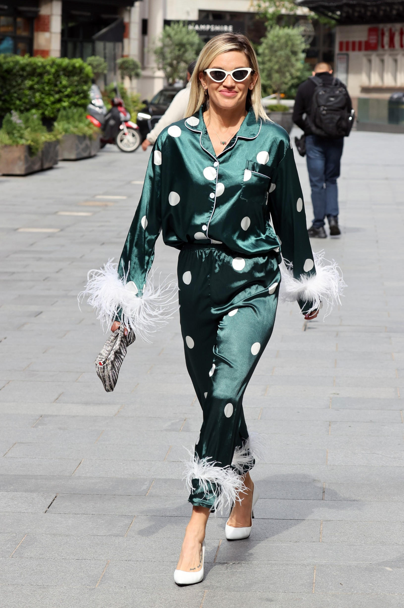 Ashley Roberts Ashley Roberts out and about, London, UK - 19 Jun 2020,Image: 533431698, License: Rights-managed, Restrictions: , Model Release: no, Credit line: Beretta/Sims / Shutterstock Editorial / Profimedia