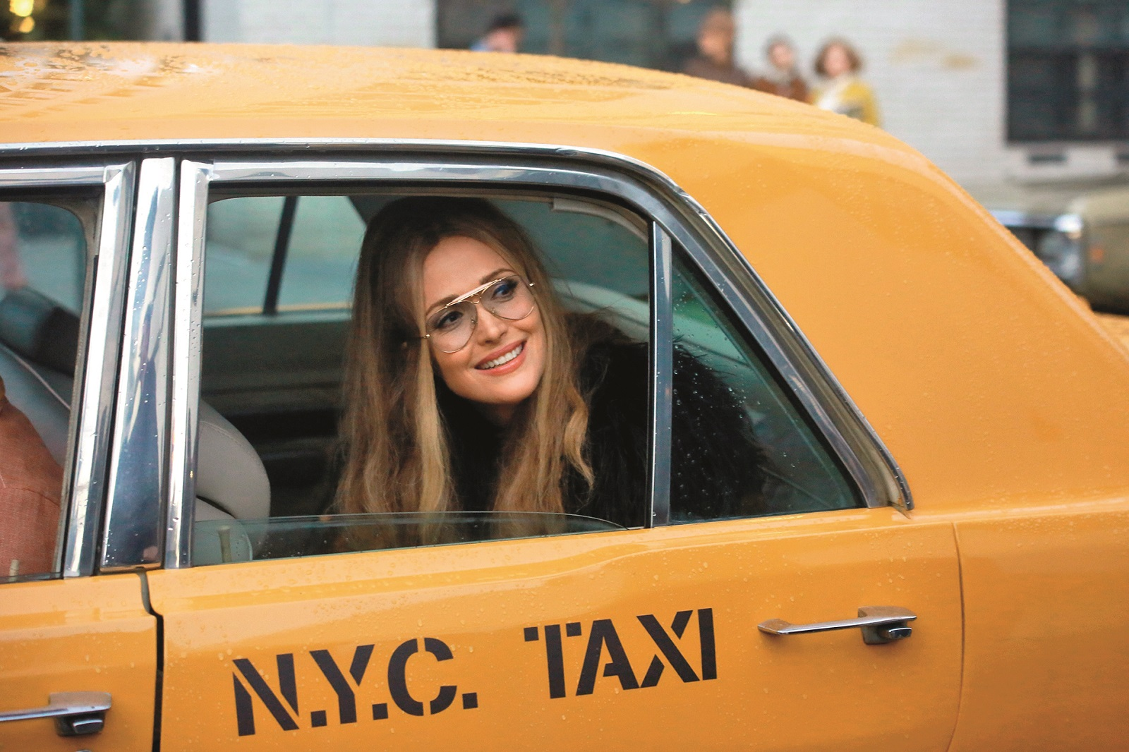 Rose Byrne plays 70's feminist icon, Gloria Steinem on the set of Mrs. America, shooting in New York City. The 40 year-old Australian actress is acting in a scene alongside actor, Jay Ellis. 27 Oct 2019,Image: 479416103, License: Rights-managed, Restrictions: World Rights, Model Release: no, Credit line: SteveSands/NewYorkNewswire/MEGA / The Mega Agency / Profimedia