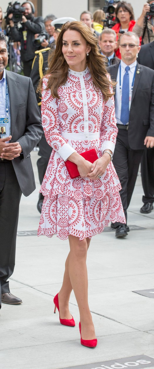 26 September 2016.    VANCOUVER -BC- CANADA - 25th-Sept 2016. The Duke and Duchess of Cambridge on their official visit to Canada.  William and Kate visit the Immigrant Services of British Columbia, a charitable service providing services to refugees.  William and Kate were greeted and accompanied on their visit by Canadian Prime Minister Justin Trudeau and wife Sophie.,Image: 301025963, License: Rights-managed, Restrictions: **No UK Sales Until 28 Days After Create Date**, Model Release: no, Credit line: Ken Goff / Goff Photos / Profimedia
