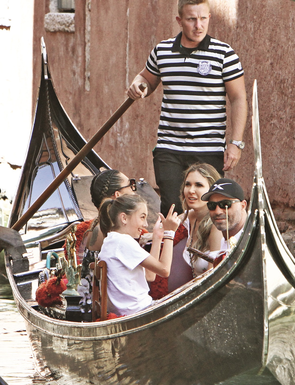 EXCLUSIVE: Joe Rogan with his family take a romantic gondola ride in Venice. 14 Jul 2019,Image: 458719677, License: Rights-managed, Restrictions: World Rights, Model Release: no
