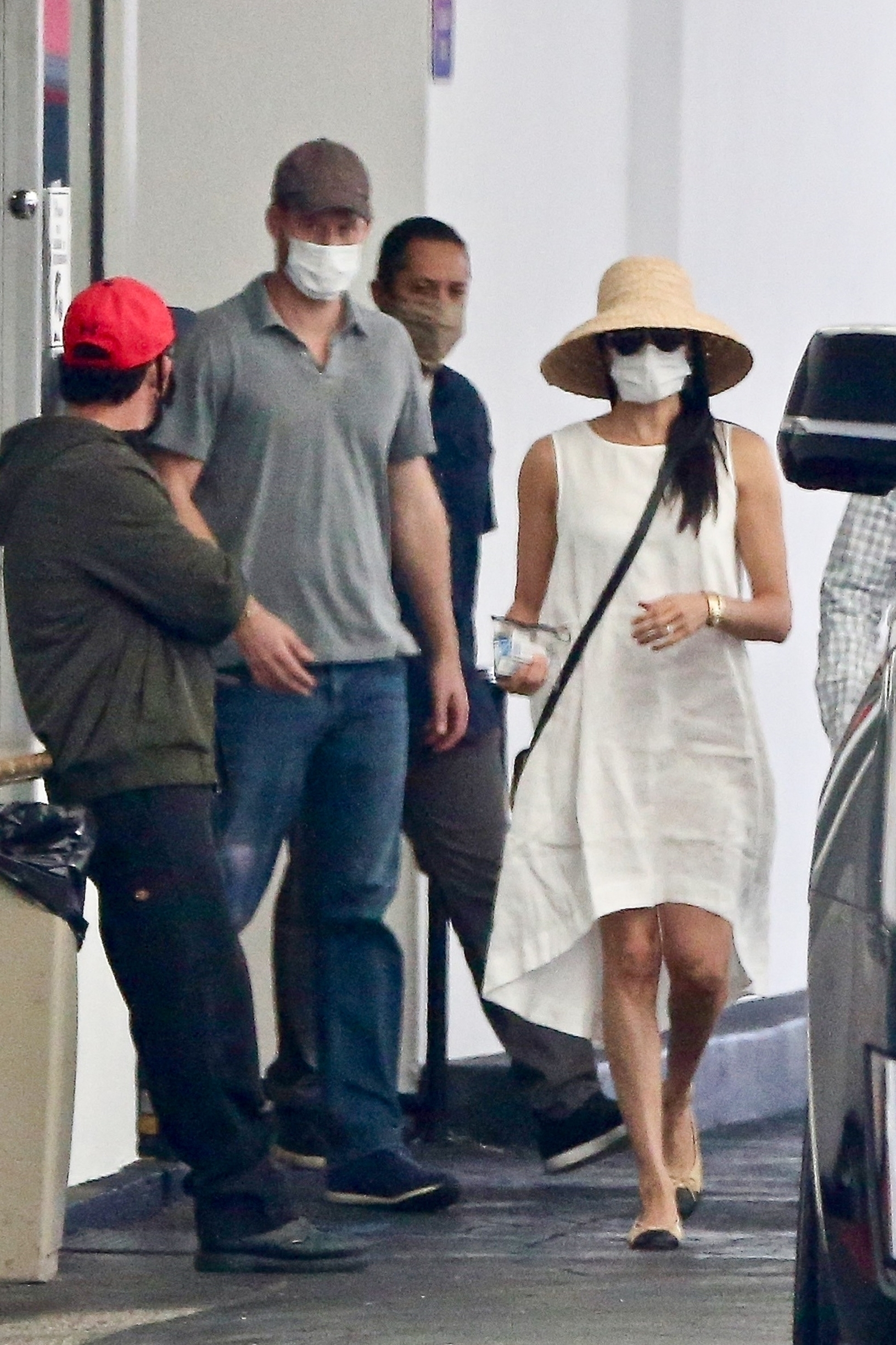 Beverly Hills, CA  - *PREMIUM-EXCLUSIVE* **WEB EMBARGO UNTIL 5PM EDT on July 12, 2020**  - Meghan Markle and Prince Harry are seen leaving an appointment in Beverly Hills on Friday afternoon. Meghan, dressed in a white linen dress with ballet flats, sunglasses and a straw sunhat was seen leaving the building on a very hot day and closely guarded by security who opened her car door for her. Harry, in jeans and a grey polo shirt and cap walked behind her and made his way to the other side of the large SUV not followed as closely by their security.  *Shot on July 10, 2020*  *UK Clients - Pictures Containing Children Please Pixelate Face Prior To Publication*,Image: 542162175, License: Rights-managed, Restrictions: RIGHTS: WORLDWIDE EXCEPT IN UNITED KINGDOM, Model Release: no, Credit line: Javiles/Bruce / BACKGRID / Backgrid USA / Profimedia
