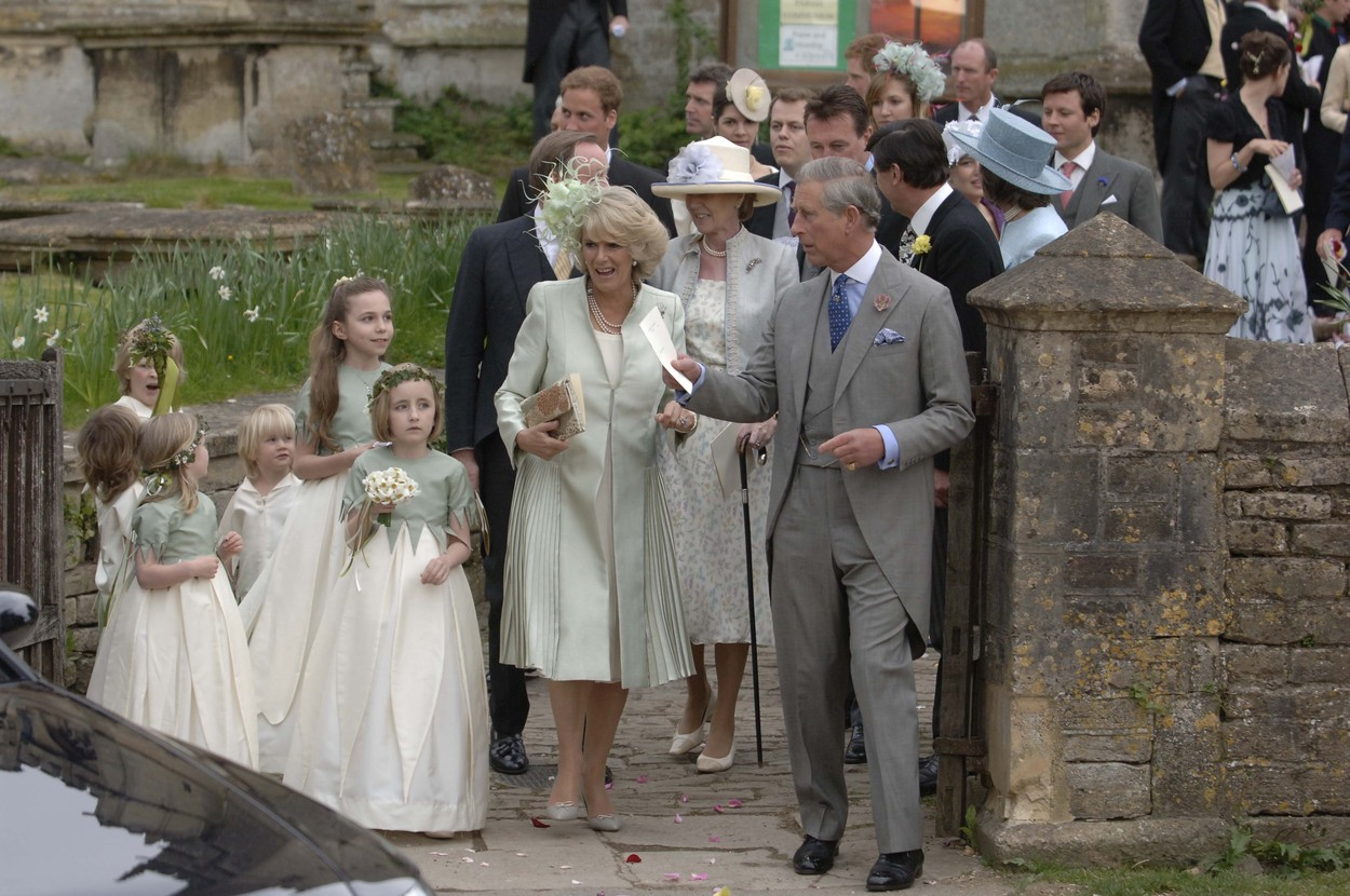 Camilla, Duchess of Cornwall and Prince Charles with bridesmaids LAURA PARKER BOWLES WEDDING, ST CYRIAC'S CHURCH IN LACOCK, WILTSHIRE, BRITAIN - 06 MAY 2006,Image: 220266279, License: Rights-managed, Restrictions: , Model Release: no, Credit line: David Hartley / Shutterstock Editorial / Profimedia