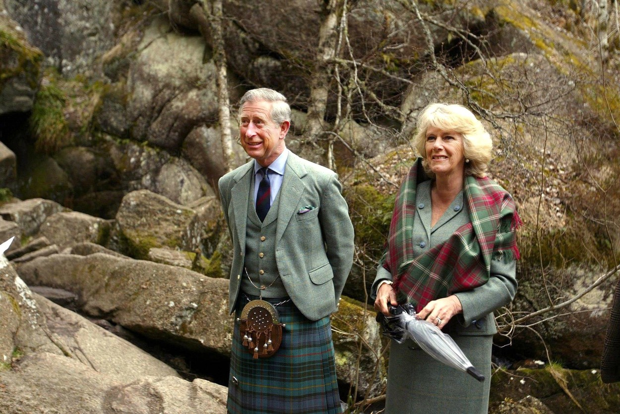 Prince Charles and Camilla, Duchess of Cornwall PRINCE CHARLES AND CAMILLA, DUCHESS OF CORNWALL VISITING MUIR OF DINNET NATIONAL NATURE RESERVE ON ROYAL DEESIDE, SCOTLAND, BRITAIN - 20 APR 2006 NOT FOR UK USE BEFORE 18 MAY 2006 PARKER BOWLES,Image: 223700530, License: Rights-managed, Restrictions: NOT FOR UK USE BEFORE 18 MAY 2006, Model Release: no, Credit line: - / Shutterstock Editorial / Profimedia