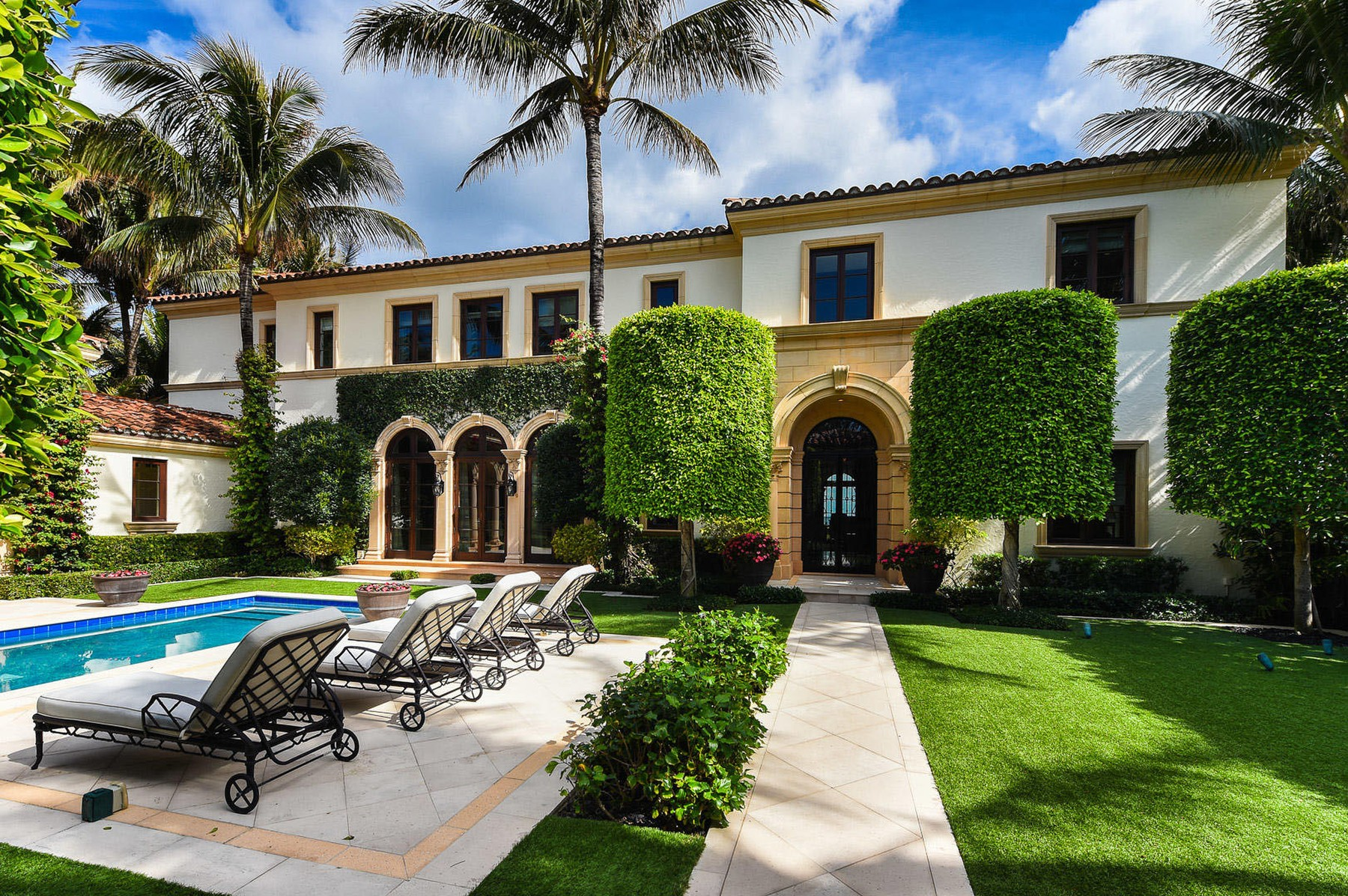 Jon Bon Jovi has splashed out a staggering  million on an oceanfront mansion in Palm Beach, Florida.  The rock superstar sold his smaller home down the road for around  million at the same time.  It's about a mile from the home of radio shock jock Howard Stern - one of Bon Jovi's good friends.  The oceanfront estate has seven bedrooms and seven bathrooms.  Inside, there's also a beautiful formal dining room, an office, a top-of-the-range kitchen, an exercise room, an elevator and a temperature-controlled wine cellar. It has ocean views throughout.   Outside, there are two oceanfront loggias, courtyard pool and cabana.,Image: 545980458, License: Rights-managed, Restrictions: , Model Release: no, Credit line: IMP Features / IMP Features / Profimedia