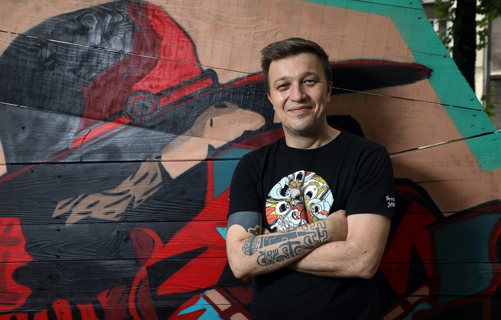 Zagreb, 250620. Ribnjak, Art park. Glazebenik Edo Maajka, bosansko-hercegovacki reper i hip-hop tekstopisac. Foto: Damjan Tadic / CROPIX