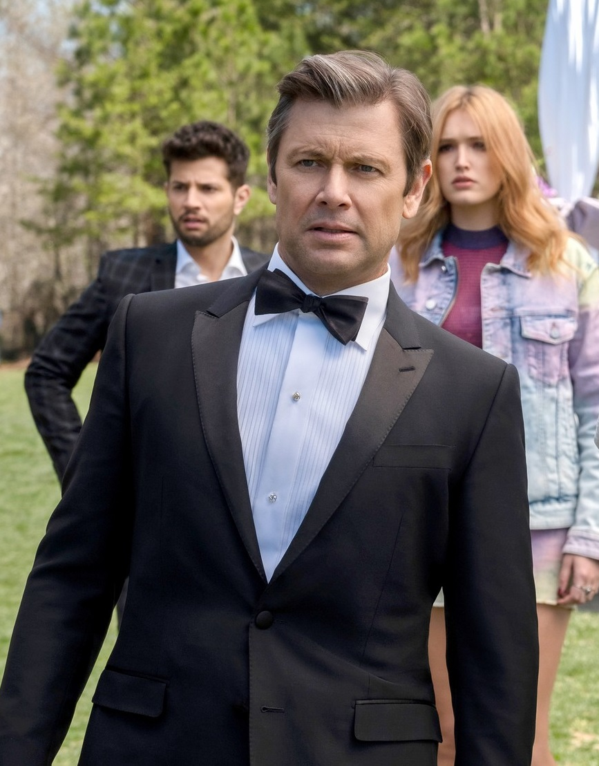 DYNASTY, from left: Rafael De La Fuente, Grant Show, Maddison Brown, Ana Brenda Contreras, Alan Dale, 'Deception, Jealousy and Lies', (Season 2, ep. 222, aired May 24, 2019).,Image: 444161654, License: Rights-managed, Restrictions: MANDATORY CREDIT; NO ARCHIVE; NO SALES; NORTH AMERICAN USE ONLY, Model Release: no, Credit line: Annette Brown / Everett / Profimedia