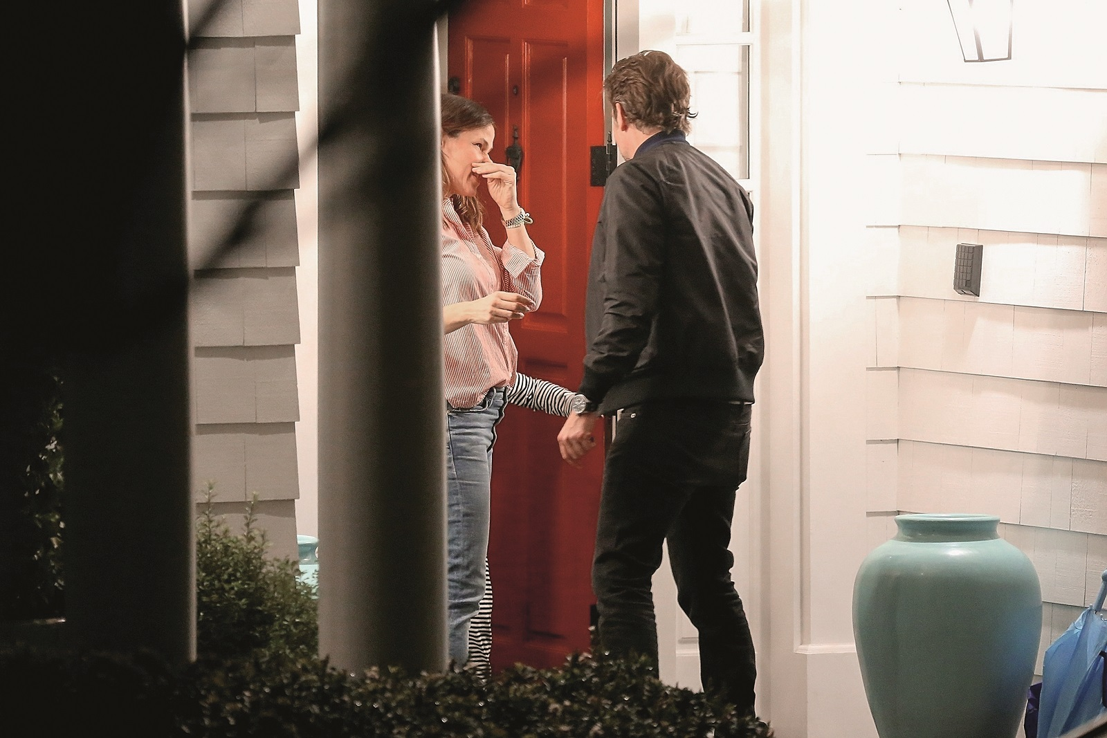 Brentwood, CA  - *EXCLUSIVE*  - Bradley Cooper takes his mother, daughter, Lea Shayk Cooper, and Irina to visit Jennifer Garner for dinner at her new home in the Pacific Palisades. Jennifer recently sold off the home she shared with ex-husband Ben Affleck to Adam Levine for  million.  Pictured: Bradley Cooper, Jennifer Garner    *UK Clients - Pictures Containing Children Please Pixelate Face Prior To Publication*,Image: 417152536, License: Rights-managed, Restrictions: , Model Release: no, Credit line: BACKGRID / Backgrid USA / Profimedia
