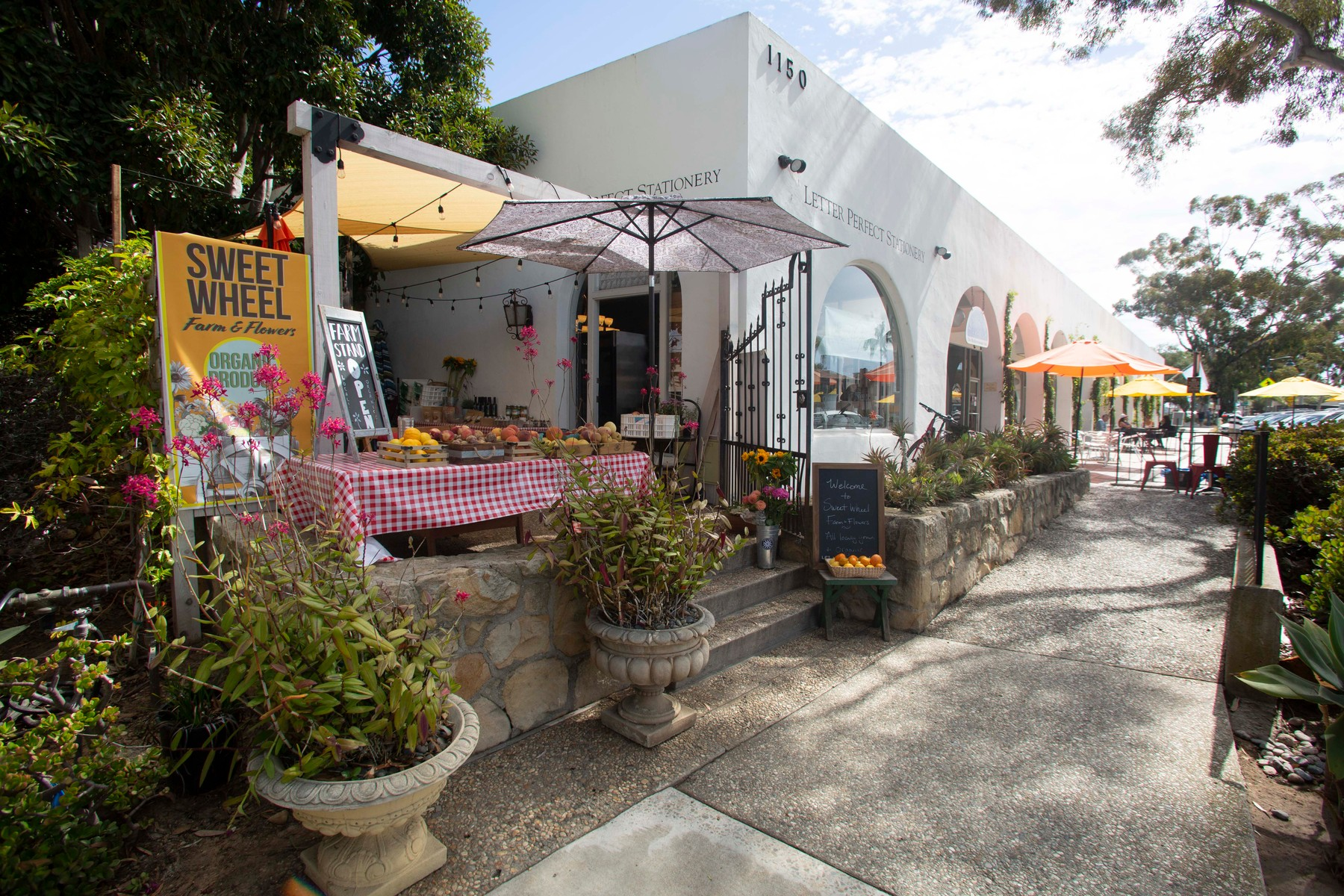 EXCLUSIVE: The Duke and Duchess of Sussex have bought a home Montecito CA. Here are some of the Local sights, restaurants, boutiques, toy shops, beaches, Polo Club and more!. 13 Aug 2020,Image: 552248937, License: Rights-managed, Restrictions: World Rights, Model Release: no, Credit line: MEGA / The Mega Agency / Profimedia