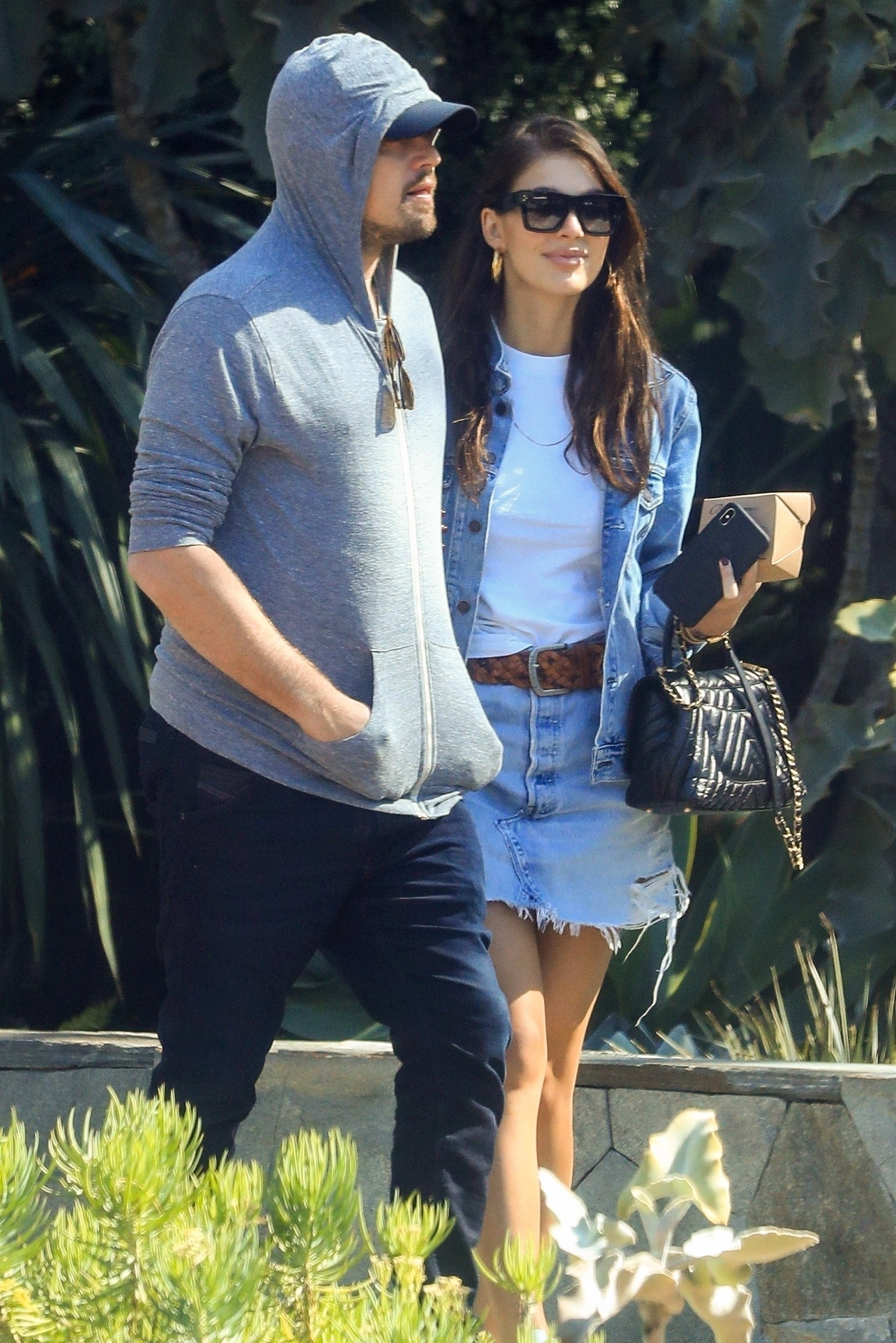 *EXCLUSIVE* West Hollywood, CA  - Leonardo DiCaprio attempts to go incognito as he and girlfriend Camila Morrone go shopping on Melrose Place in West Hollywood together. Leo wears his usual baseball cap and hoody as he hides his famous face while out on the town with his Argentine model and actress girlfriend.  Pictured: Leonardo DiCaprio, Camila Morrone    *UK Clients - Pictures Containing Children Please Pixelate Face Prior To Publication*,Image: 417981538, License: Rights-managed, Restrictions: , Model Release: no, Credit line: BKGD / GAMR / BACKGRID / Backgrid USA / Profimedia
