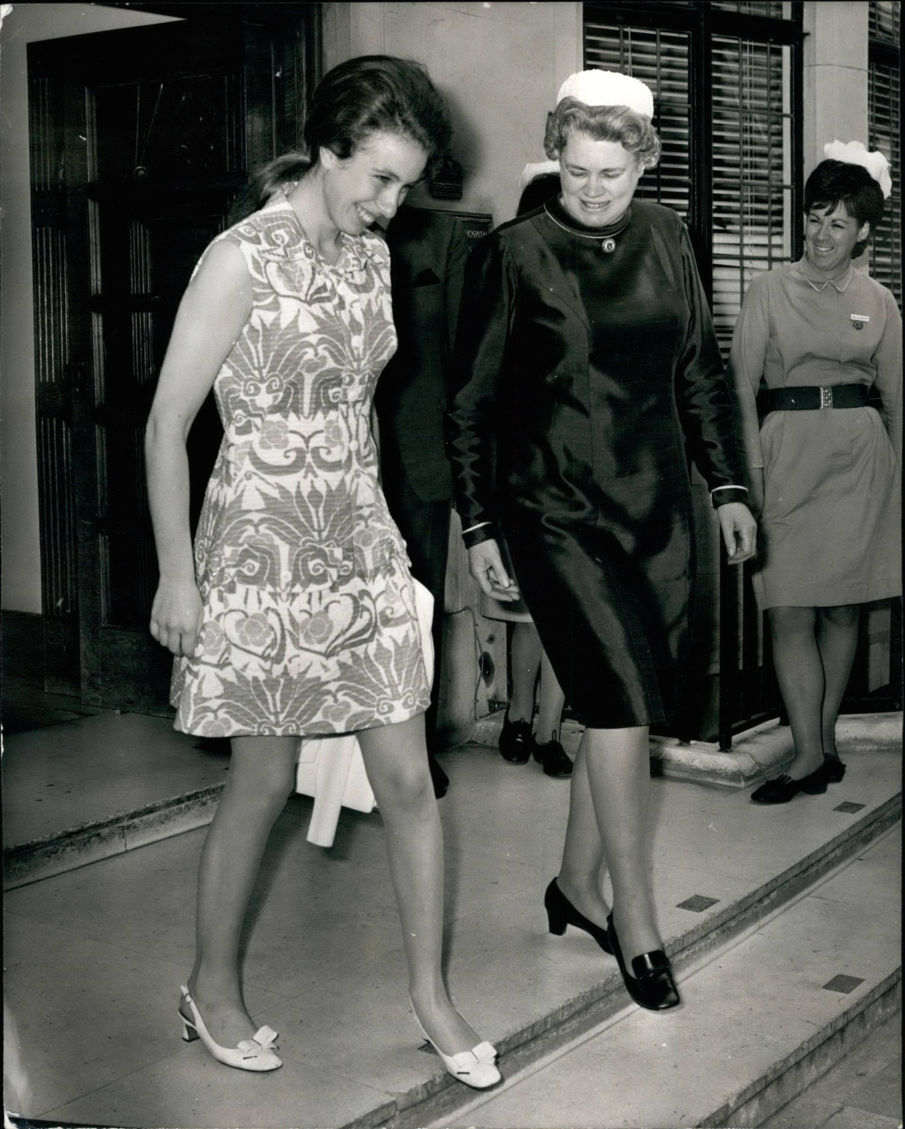 Jul. 07, 1971 - PRINCESS ANNE LEAVES HOSPITAL PRINCESS ANNE Ieft the King Edward .11 Hospital for Officers today,10 days after an operation for the removal of an inflamed overian cyst. Prince Charles and Prince Edward went to the Hospital to driver her to Windsor were she will spend the weekend with the Royal Filly, PHOTO SHOWS PRINCESS ANNE seen leaving the hospital this Morning with the Matron,Image: 209825707, License: Rights-managed, Restrictions: , Model Release: no, Credit line: Keystone Pictures USA / Zuma Press / Profimedia