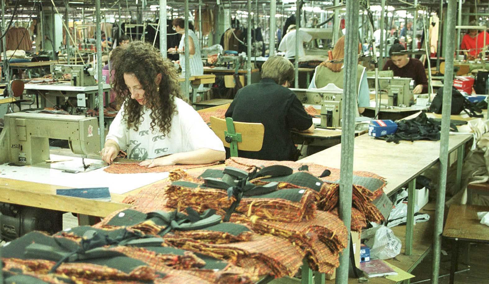 osijek,221101 tekstilci - mk slavonija sa 90% kapaciteta  radi za lohn  foto:emica elvedji -pok-