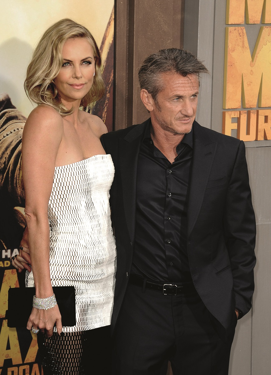 Charlize Theron, Sean Penn at arrivals for MAD MAX: FURY ROAD Premiere, TCL Chinese 6 Theatres (formerly Grauman''s), Los Angeles, CA May 7, 2015. Photo By: Dee Cercone/Everett Collection