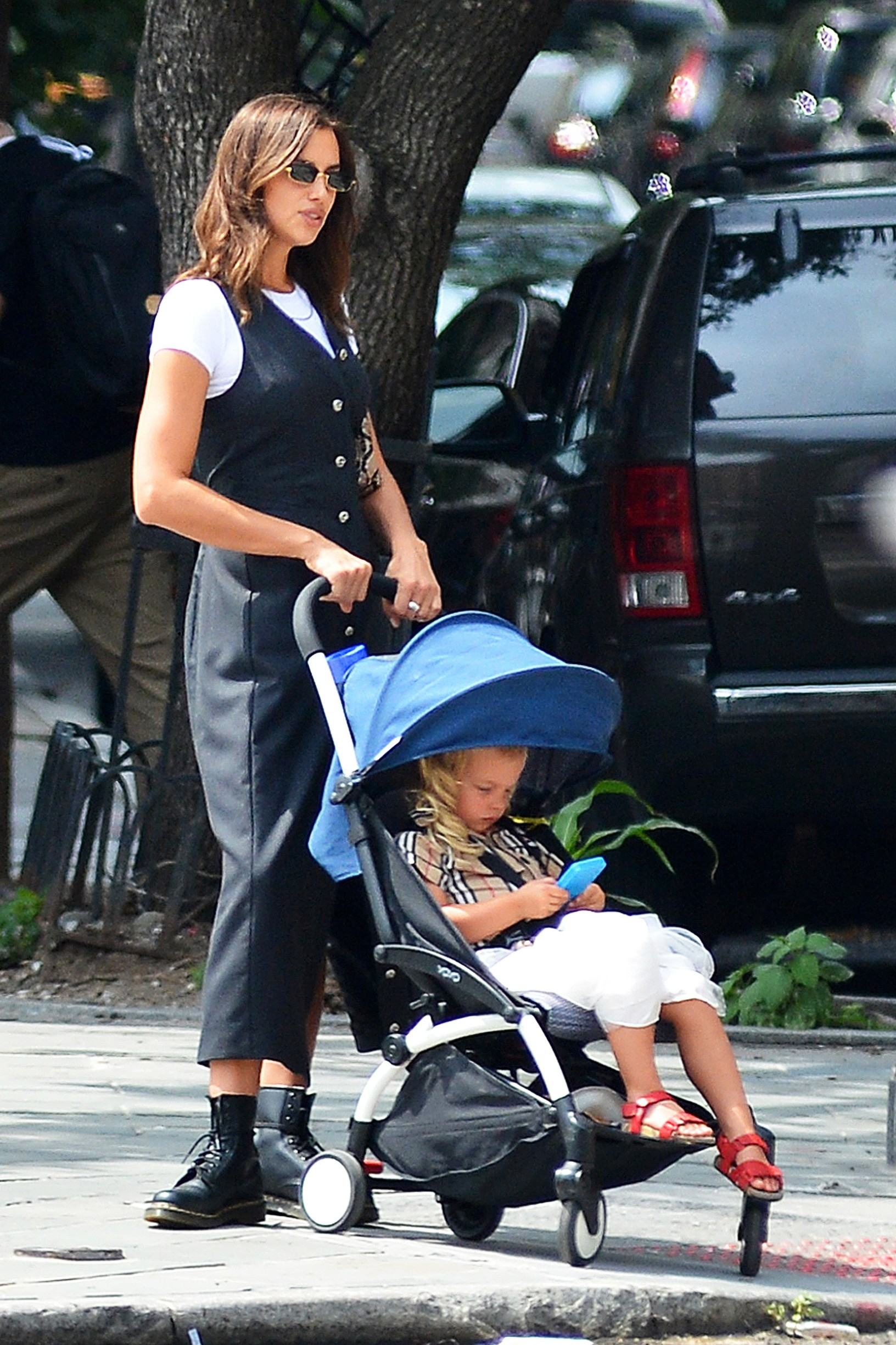 08/21/2020 EXCLUSIVE: Irina Shayk Steps Out With Her Daughter in New York City. The 34 year old model looked casual in a long black dress over a white tee shirt and black Doc Marten boots,Image: 554486305, License: Rights-managed, Restrictions: Exclusive NO usage without agreed price and terms. Please contact sales@theimagedirect.com, Model Release: no, Credit line: TheImageDirect.com / The Image Direct / Profimedia