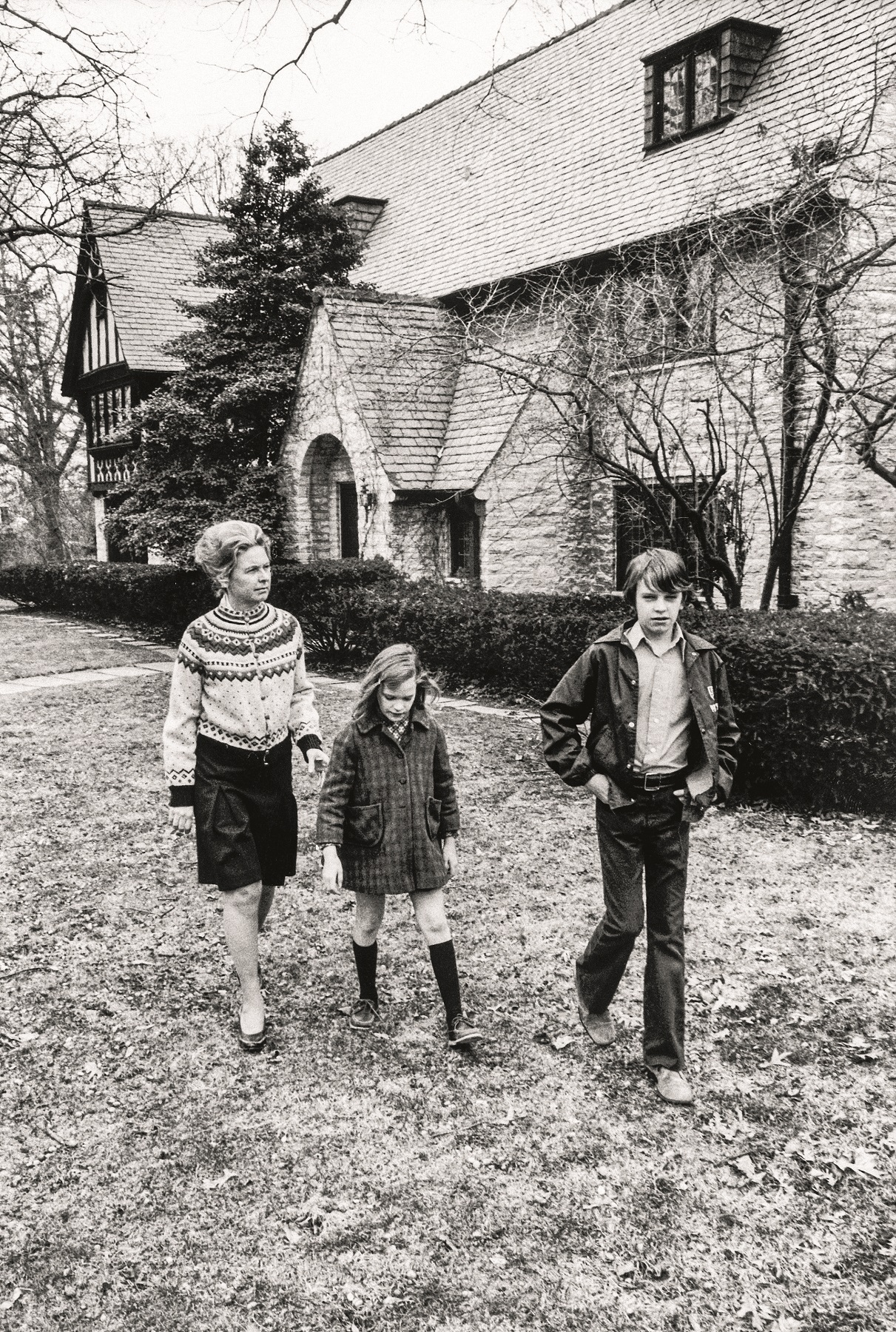 American political activist Phyllis Schlafly (left) walks in her yard with her children Ann and Andy, Alton, Illinois, 1975. (Photo by Michael Mauney/The LIFE Images Collection via Getty Images/Getty Images)