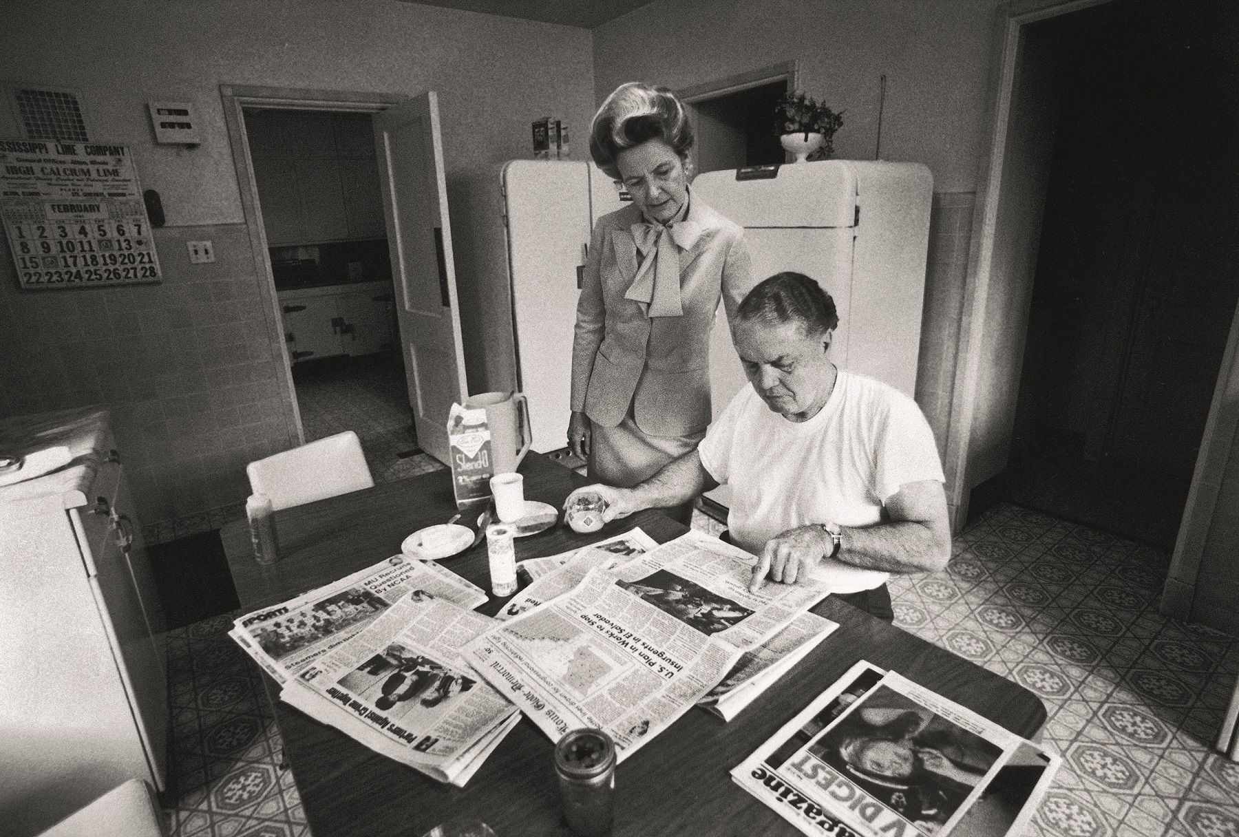 ALTON, UNITED STATES - JANUARY 01:  ERA opponent Phyllis Schlafly with her husband Fred at home.  (Photo by Thomas S. England/The LIFE Images Collection via Getty Images/Getty Images)