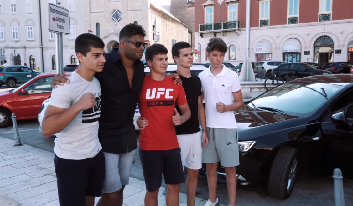 Alistair Overeem s fanovima