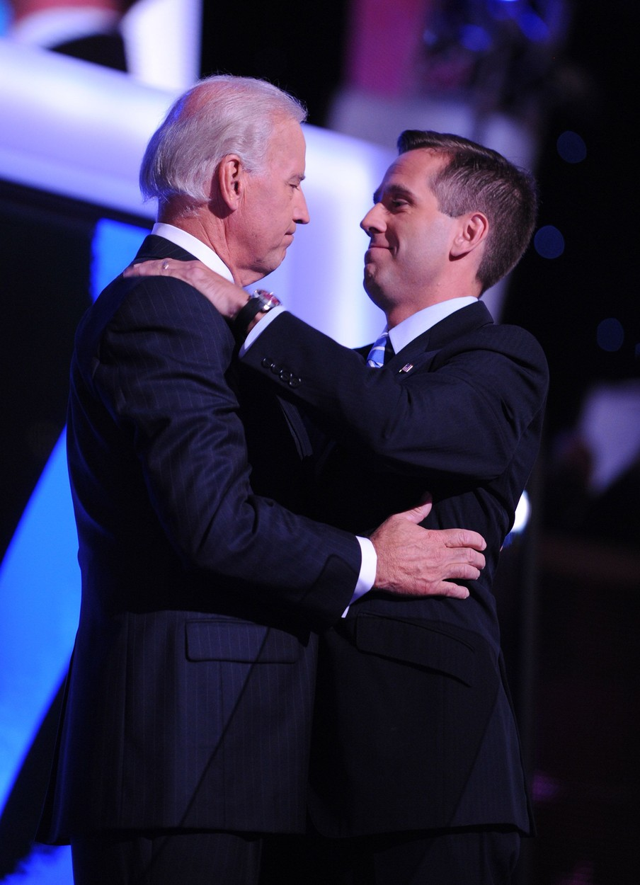 Aug. 28, 2008 - Democratic Vice President Candidate Joe Biden embraces his son, Beau, before his speech to the Democratic National Convention in Denver, Colorado, Wednesday, August 27, 2008. (Olivier Douliery/Abaca Press/MCT),Image: 212458471, License: Rights-managed, Restrictions: , Model Release: no, Credit line: Olivier Douliery / Zuma Press / Profimedia