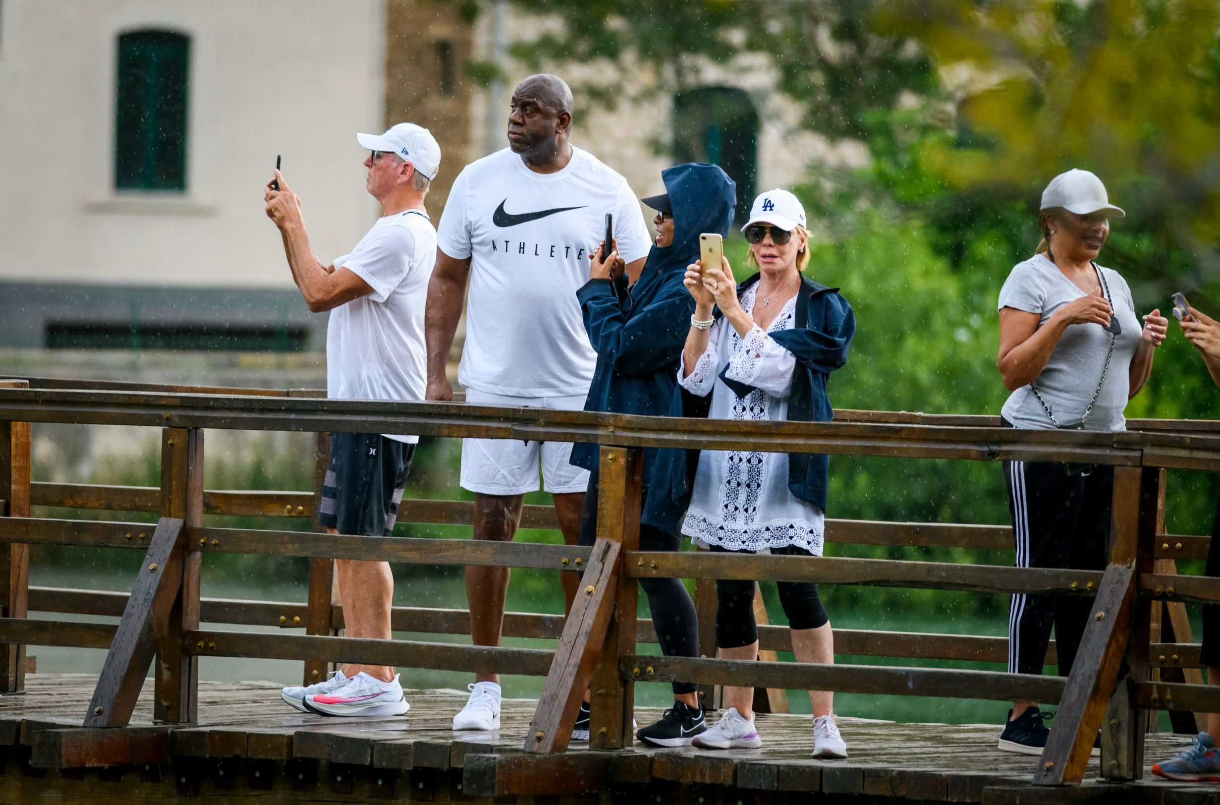 Skradinski buk, 070820. Proslavljeni americki kosarkas Magic Johnson sa obitelji posjetio je danas slapove Krke. Foto: Niksa Stipanicev / CROPIX