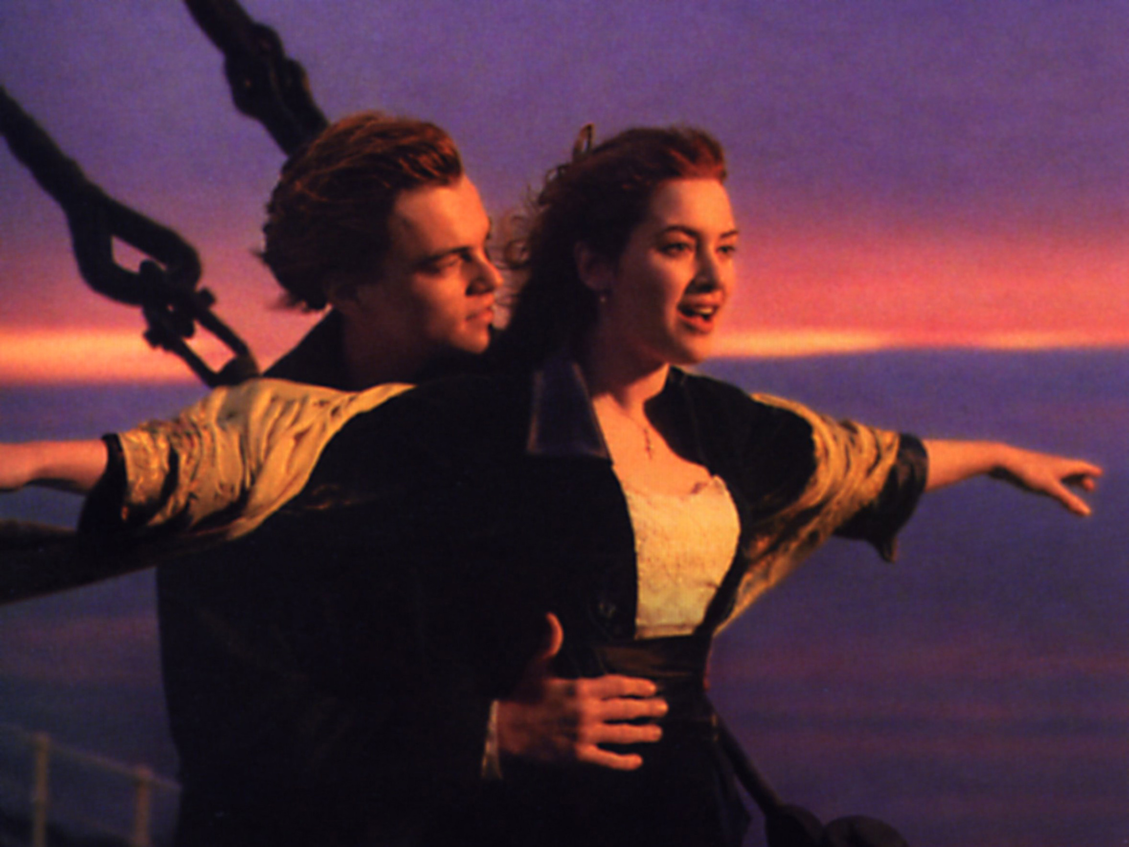Titanic, (TITANIC) USA 1997, Regie: James Cameron, LEONARDO DI CAPRIO, KATE WINSLET, Stichwort: Sonnenuntergang,Image: 379639029, License: Rights-managed, Restrictions: Nur redaktionelle Nutzung im Zusammenhang mit dem Film. Editorial usage only and only related to the movie., Model Release: no, Credit line: United Archives/Impress / United Archives / Profimedia