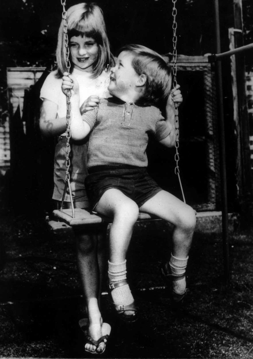 LADY DIANA SPENCER (PRINCESS DIANA) with her brother VISCOUNT CHARLES ALTHORPE pictured in the autumn of 1967 at Park House in Sandringham, Norfolk - Date: issued 22.06.1981 .,Image: 22089206, License: Rights-managed, Restrictions: For queries call UPPA + 44 (0)20 7421 6000, Model Release: yes, Credit line: UPPA/Photoshot / Avalon Editorial / Profimedia