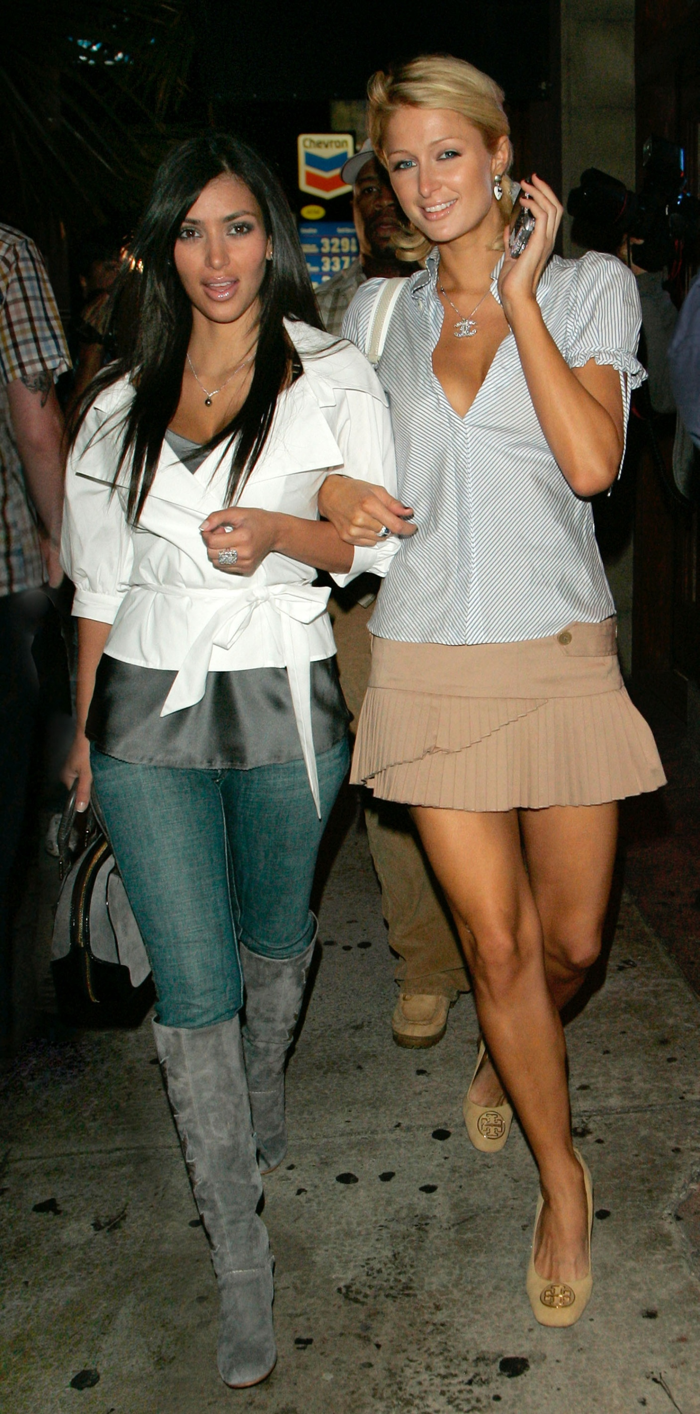 August 27, 2006 - West Hollywood, California, U.S. - 26 August 2006 - West Hollywood, California - Paris Hilton and Kim Kardashian. Hyde Lounge located on Sunset Boulevard (formerly north) is probably no larger than Paris Hilton's closet, but the intimate setting is the big draw. The single room, bathed in gold lighting, is lined with Industry insiders atop banquettes and faux-croc ottomans.,Image: 558060323, License: Rights-managed, Restrictions: , Model Release: no, Credit line: Jackson Lee / Zuma Press / Profimedia