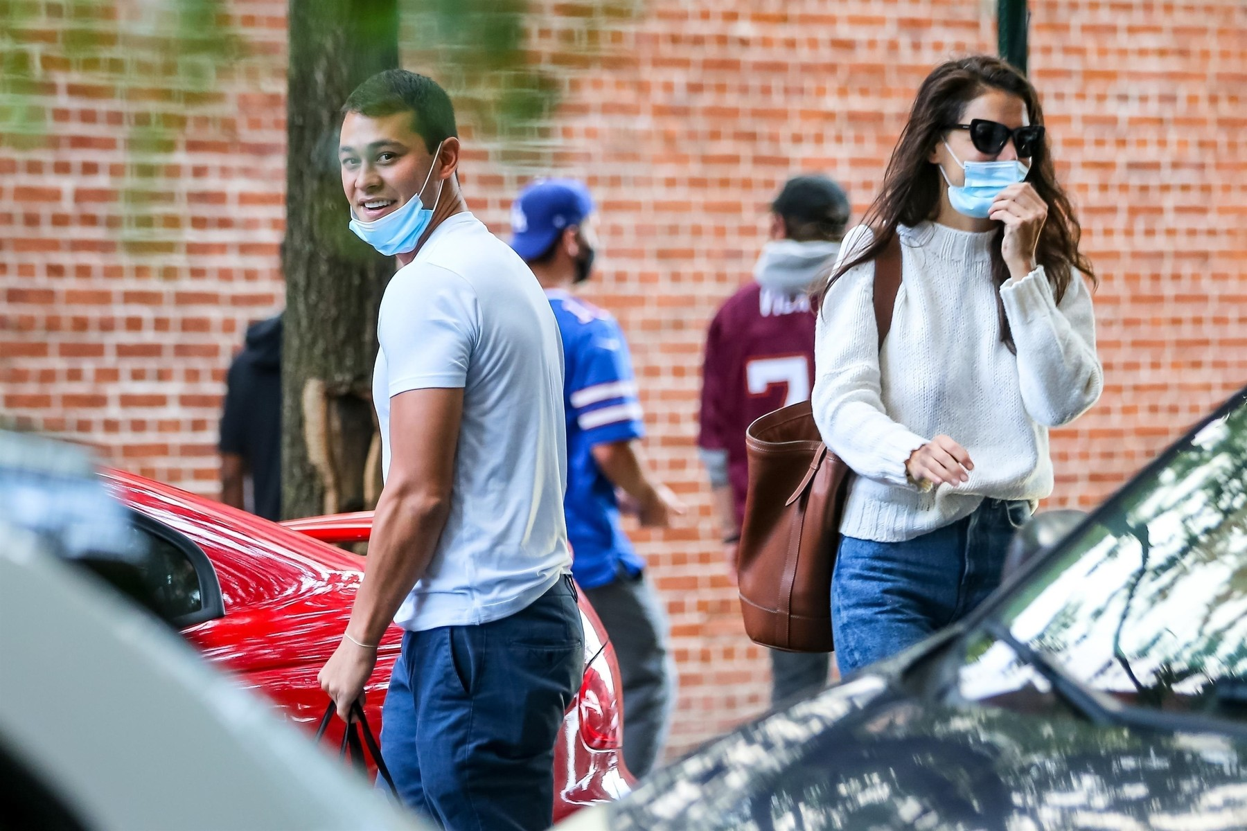 New York, CA  - *PREMIUM-EXCLUSIVE*  - *WEB EMBARGO UNTIL 9 AM PDT on September 15, 2020* Katie Holmes and Emilio Vitolo Jr. spend Sunday afternoon together. The Actress took an Uber to visit her new boyfriend at his residence. After 5 hours the couple was spotted leaving Emilio's place. Emilio dropped off the actress and headed to his restaurant after giving her a goodbye kiss. *Shot on September 13, 2020*  *UK Clients - Pictures Containing Children Please Pixelate Face Prior To Publication*,Image: 557947345, License: Rights-managed, Restrictions: RIGHTS: WORLDWIDE EXCEPT IN UNITED KINGDOM, Model Release: no, Credit line: BACKGRID / Backgrid USA / Profimedia