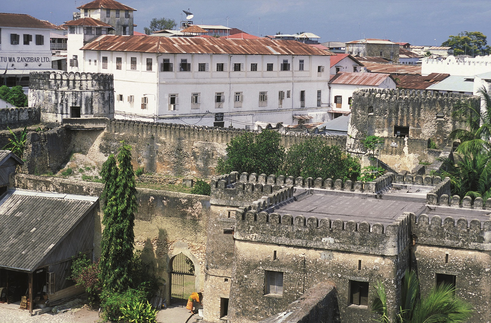 the old town stone town with the old fort in the capital zanzibar town on the island zanzibar which belongs to tanzania.,Image: 522513757, License: Royalty-free, Restrictions: , Model Release: no, Credit line: ursa lexander flueler / Panthermedia / Profimedia