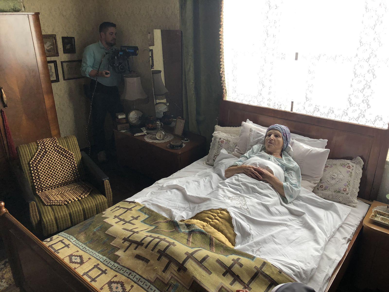 Koncentriši se, baba_snimanje filma Mira Banjac