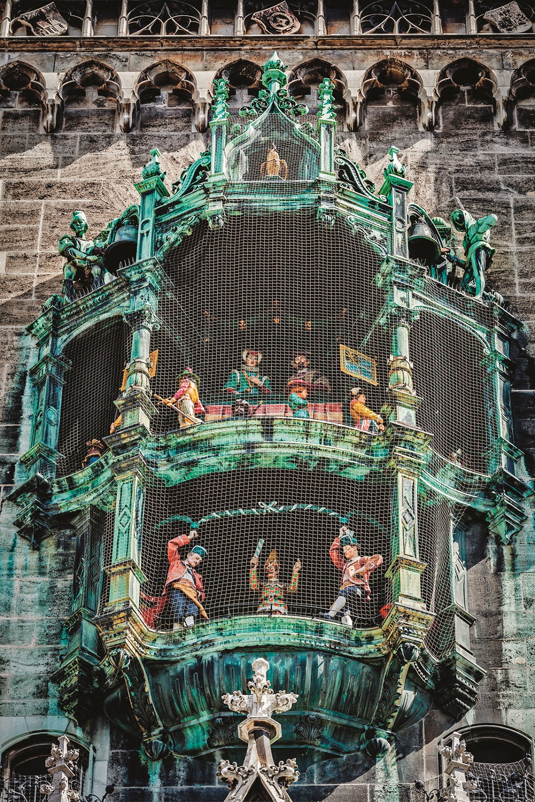 Animated figurines of Rathaus-Glockenspiel -  tourist attraction on New Town hall of Munich,  Germany,Image: 538224938, License: Royalty-free, Restrictions: , Model Release: no, Credit line: Dmitry Rukhlenko / Panthermedia / Profimedia
