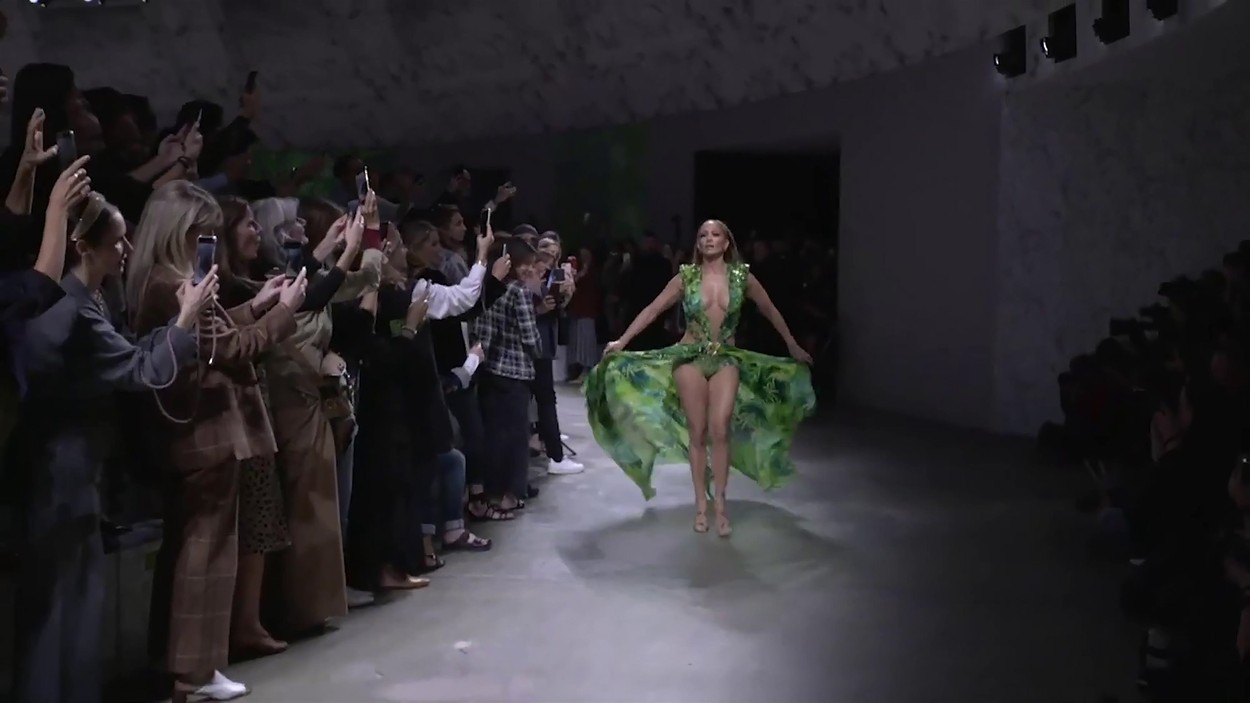 Los Angeles,   - Jennifer Lopez reinvents the Versace dress that created Google Images        ---------           *  USA: +1 310 798 9111 / usasales@backgrid.com  *UK Clients - Pictures Containing Children Please Pixelate Face Prior To Publication*,Image: 473177246, License: Rights-managed, Restrictions: RIGHTS: WORLDWIDE EXCEPT IN UNITED STATES, Model Release: no, Credit line: BACKGRID / Backgrid UK / Profimedia