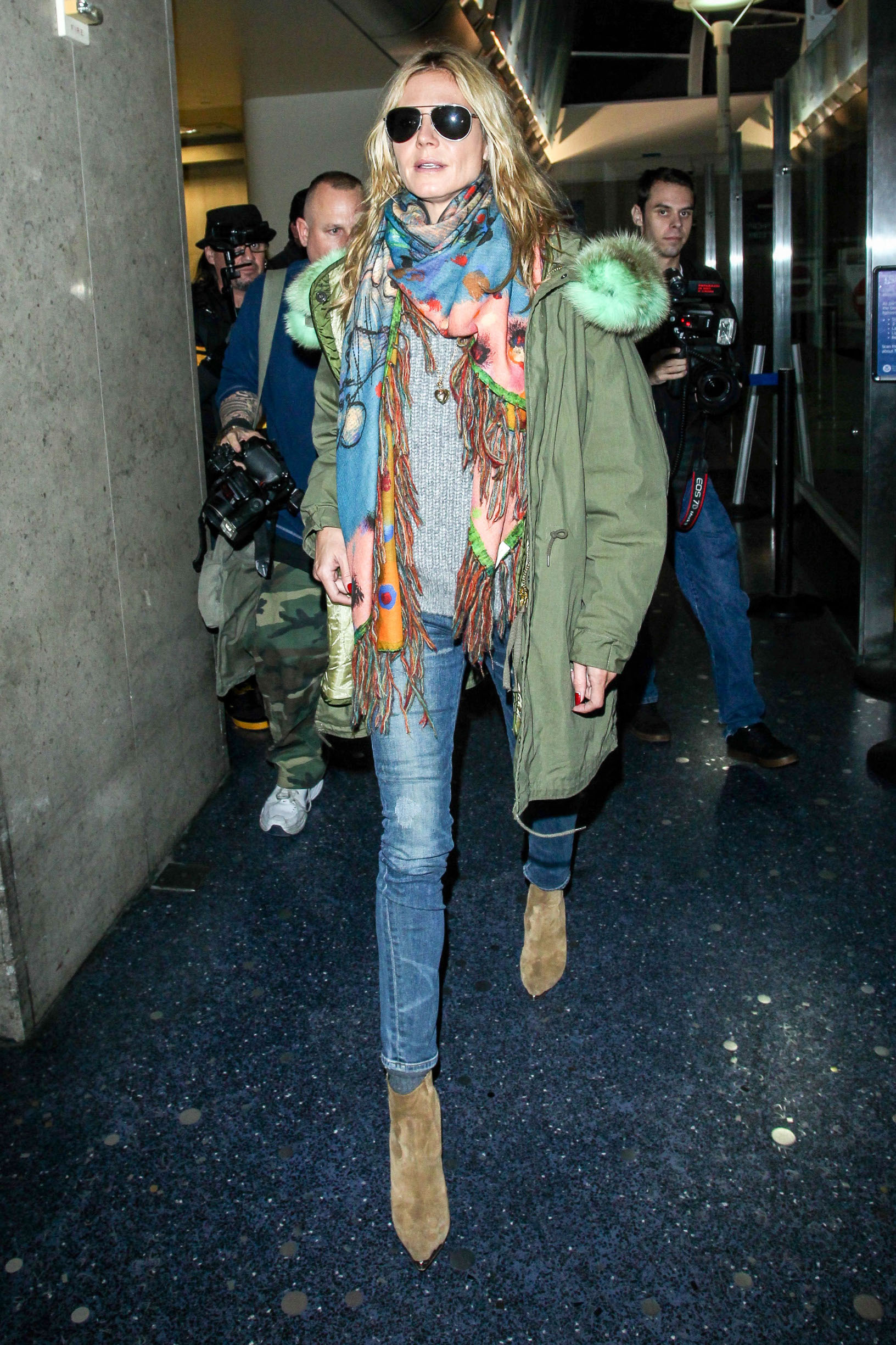 December 14, 2014: Heidi Klum Goes Casual Chic in Military Green Parka & High Heeled Boots As She Jets into LAX airport in Los Angeles, California.,Image: 213229939, License: Rights-managed, Restrictions: CODE000, Model Release: no, Credit line: INFphoto.com / INSTAR Images / Profimedia