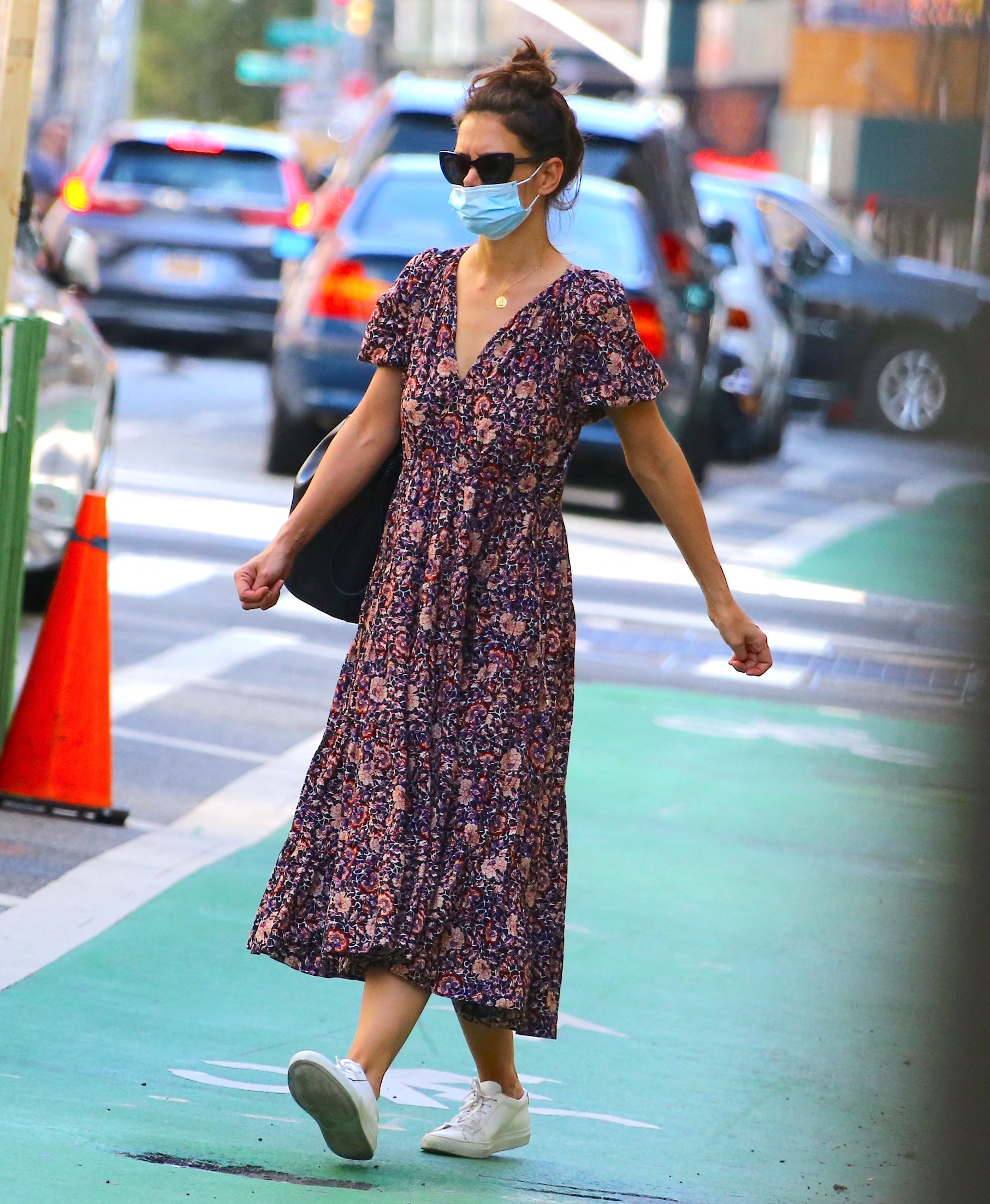 U.S actress Katie Holmes with her new boyfriend Emilio Vitolo jr are having lunch at Le Botaniste restaurant in Soho then Katie is coming back home and Emilio went to his restaurant Emilio's Ballato in New York on September 28, 2020.,Image: 560363255, License: Rights-managed, Restrictions: , Model Release: no, Credit line: Dylan Travis/ABACA / Abaca Press / Profimedia