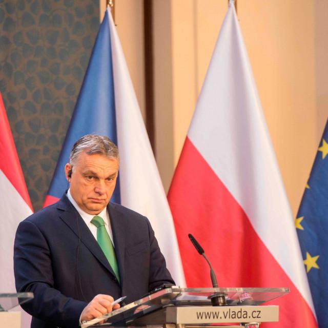 Mađarski premijer Viktor Orban preuzeo je apsolutne diktatorske ovlasti i odmah ih počeo koristiti