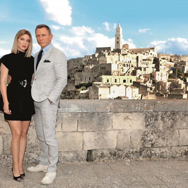 Daniel Craig i Lea Seydoux na setu u talijanskom gradiću Matera.