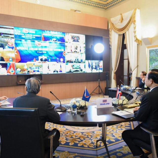 Ilustracija, održavanje videokonferencije