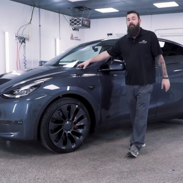 Tesla-Model-Y-Paint-1024x555