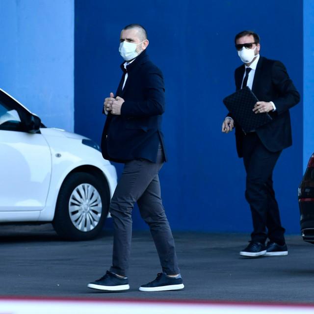 Nenad Bjelica i Tomislav Kasalo na pregovore su stigli s odvjetnikovim Mercedesom splitskih registracija