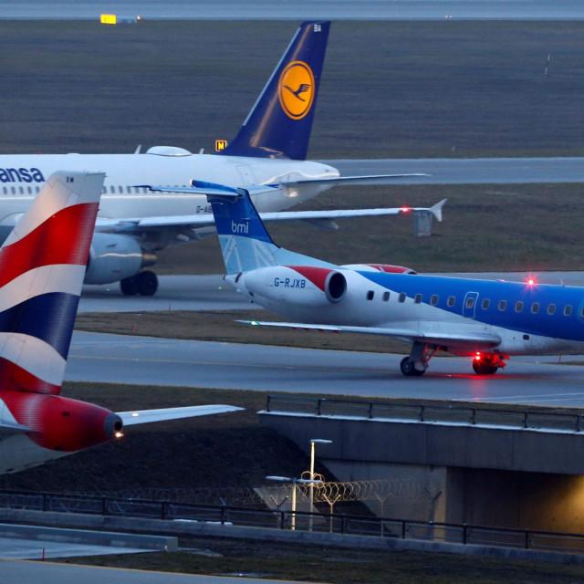 Ilustracija, zrakoplov kompanije Flybmi