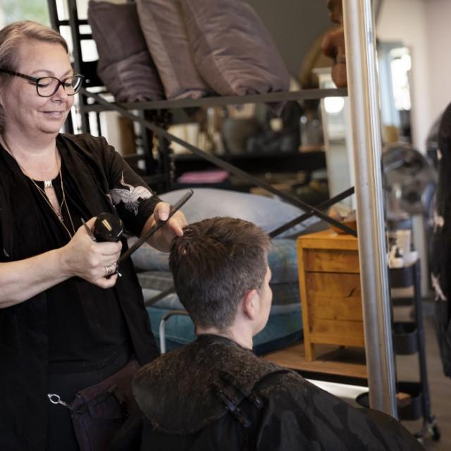 Otvoreni frizerski saloni u Danskoj