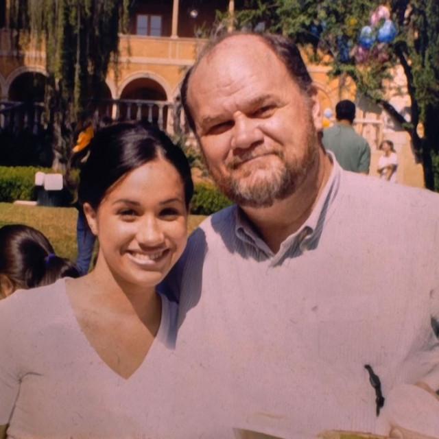 Thomas Markle dao je medijima privatne obiteljske fotografije kada se Meghan udala za princa Harryja