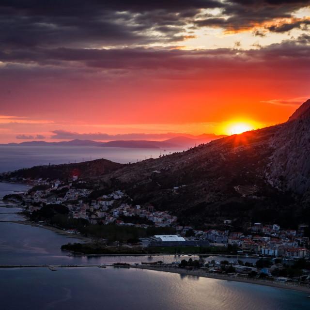 Zalazak sunca iznad Omiša