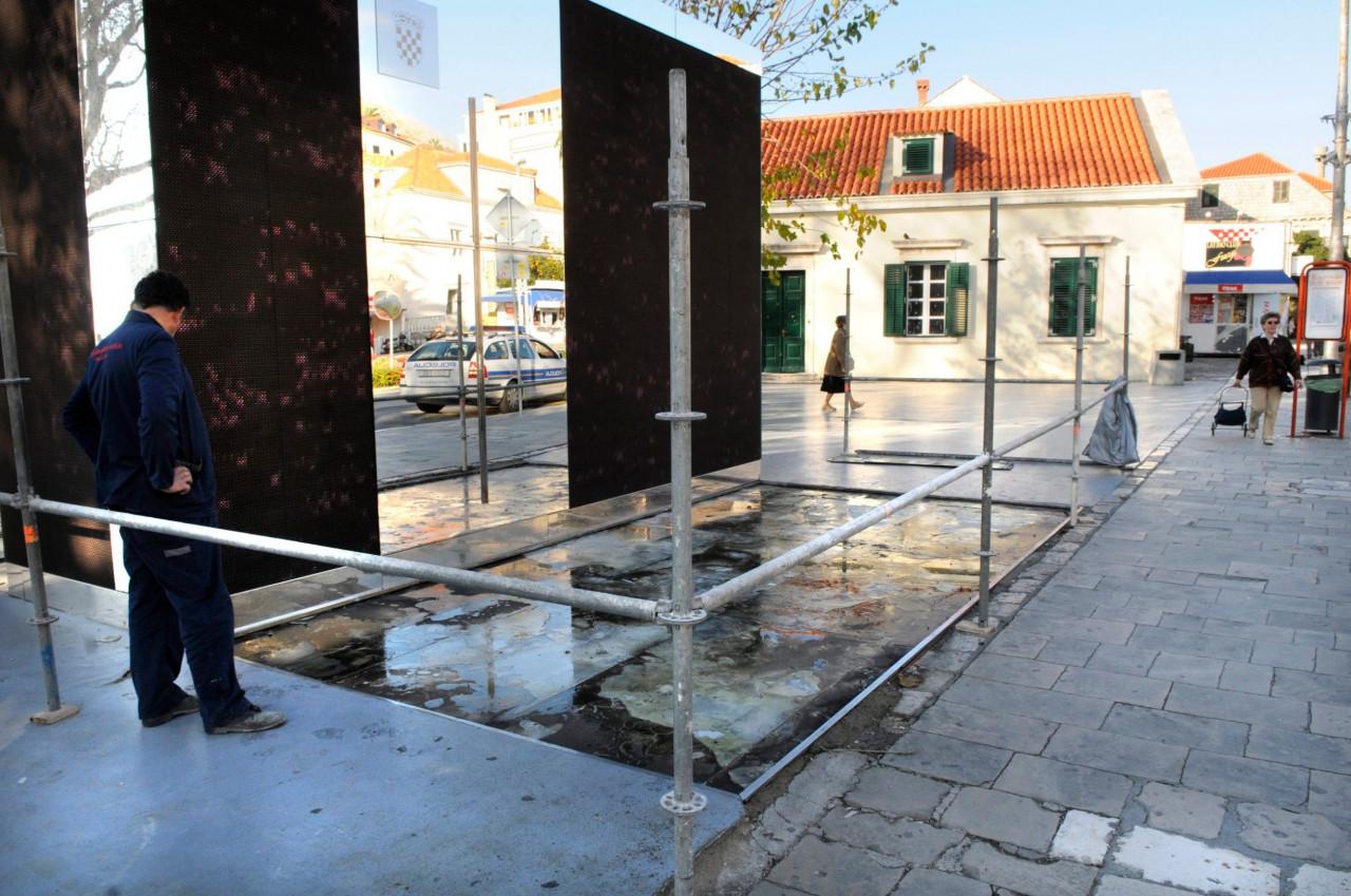 Jutarnji List Uklonjen Spomenik Braniteljima Dubrovnika Koji Je
