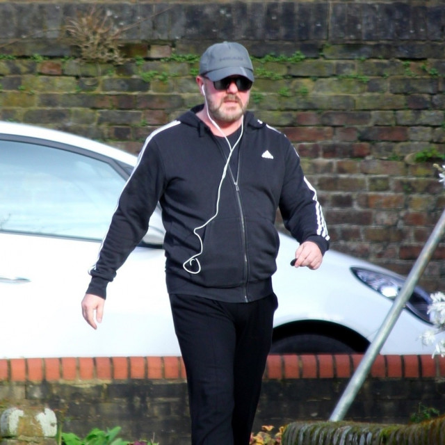 Ricky Gervais na treningu u Londonu