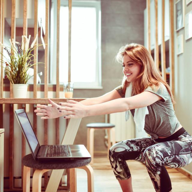 Iako ste možda više posvećeni obavljanju posla nego nalaženju vremena za vježbanje, ipak biste svakoga dana trebali naći najmanje 30 minuta za tjelesnu aktivnost