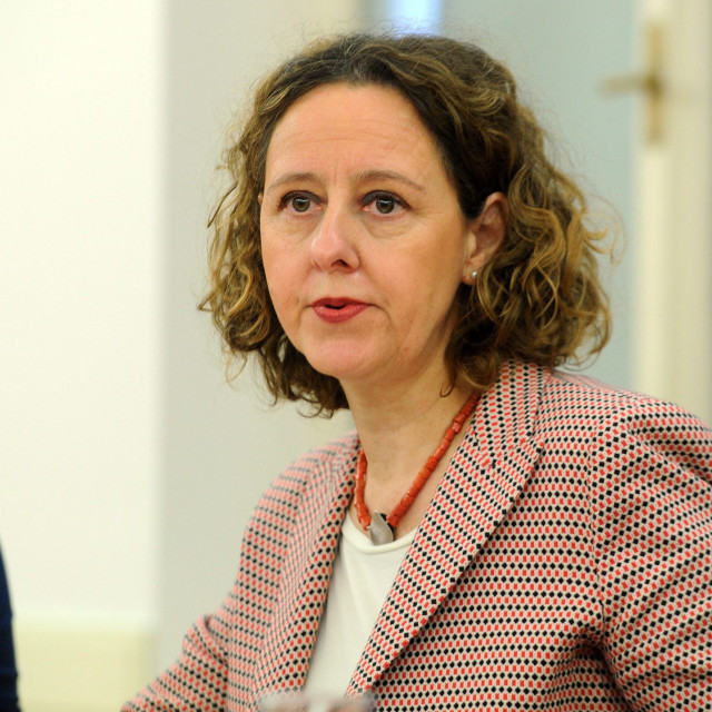 Ministrica kulture Nina Obuljen Koržinek