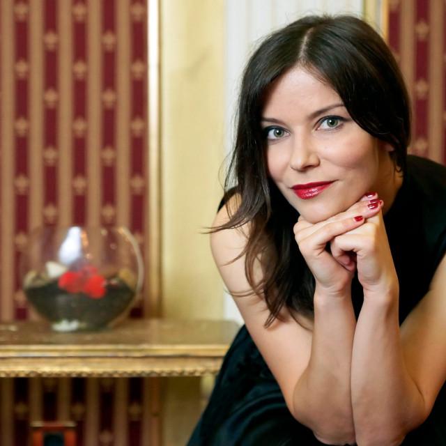 Vesna Pisarović u hotelu Ilica pozirala za portret