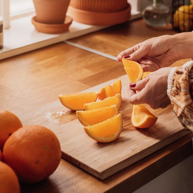 Iz jedne čaše svježeg soka od naranče dobit ćete oko 20 posto preporučenog dnevnog unosa za odrasle osobe