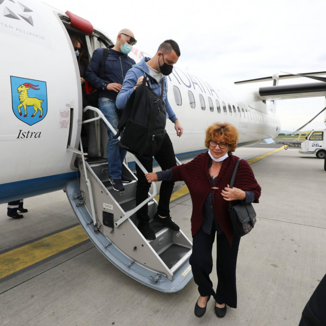aerodrom_avioni20-110520